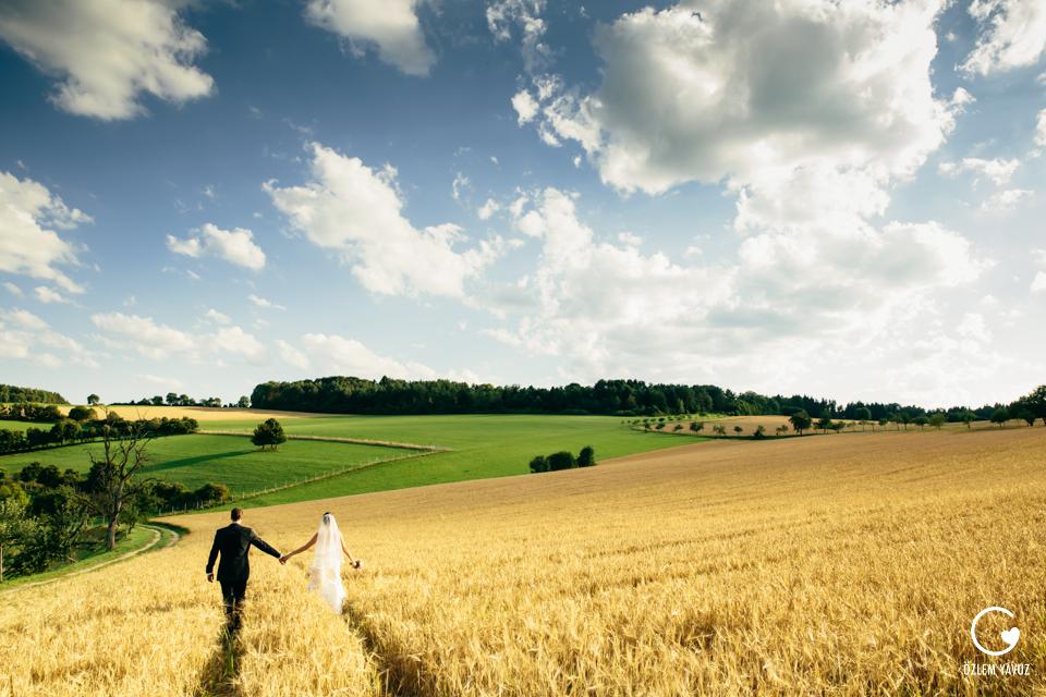 Hochzeitsfotograf Hofgut Maisenburg by OzlemYavuz